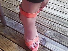 Amateur Close Up Foot Fetish Handjob High Heels