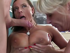 Amateur Swinger Threesome German