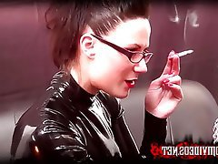 BDSM Bondage British Smoking