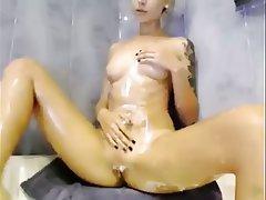 Amateur Masturbation Shower