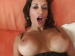 Close Up MILF Old and Young POV